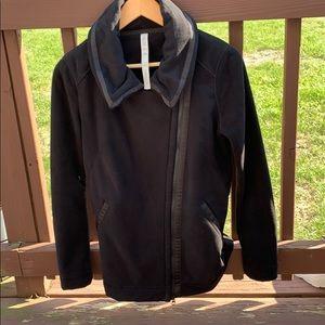 Lululemon Athletica size 6 women's jacket